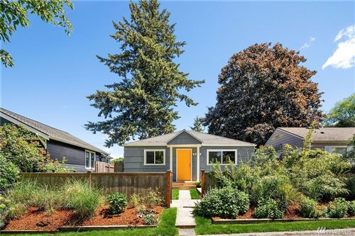 Photo of 9222 21st Ave SW, Seattle, WA 98106 (MLS # 1608699)