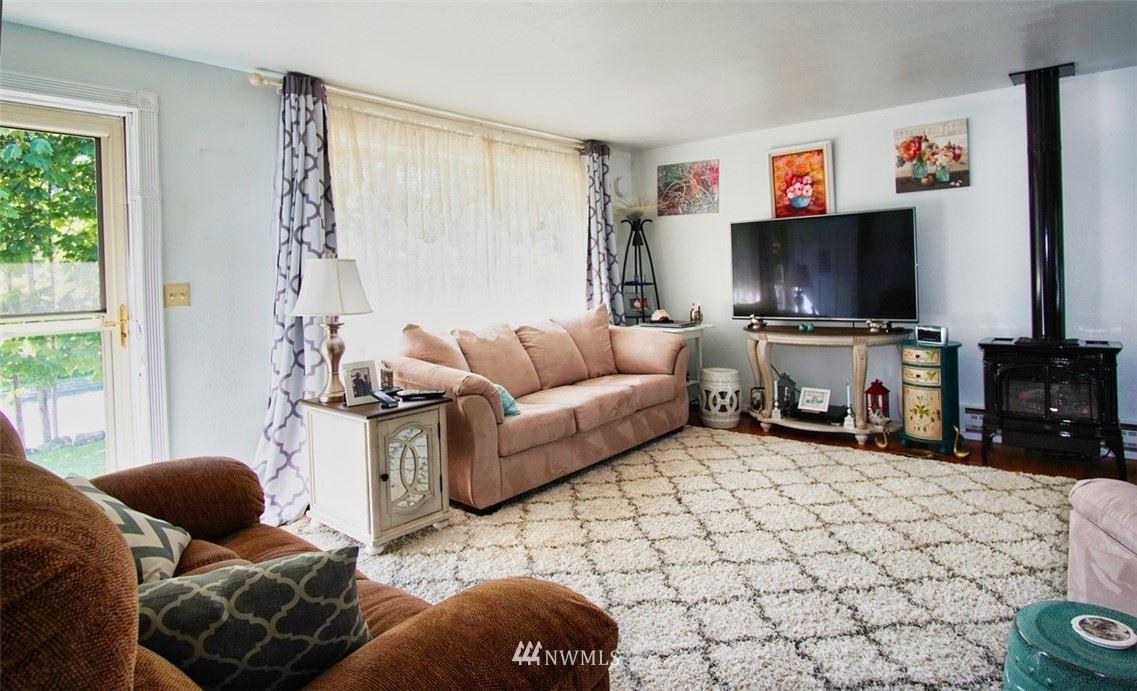 Photo of 825 N 18th St, Mount Vernon, WA 98273 (MLS # 1631700)