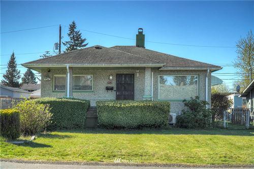 Photo of 712 E 52nd Street, Tacoma, WA 98404 (MLS # 1756701)