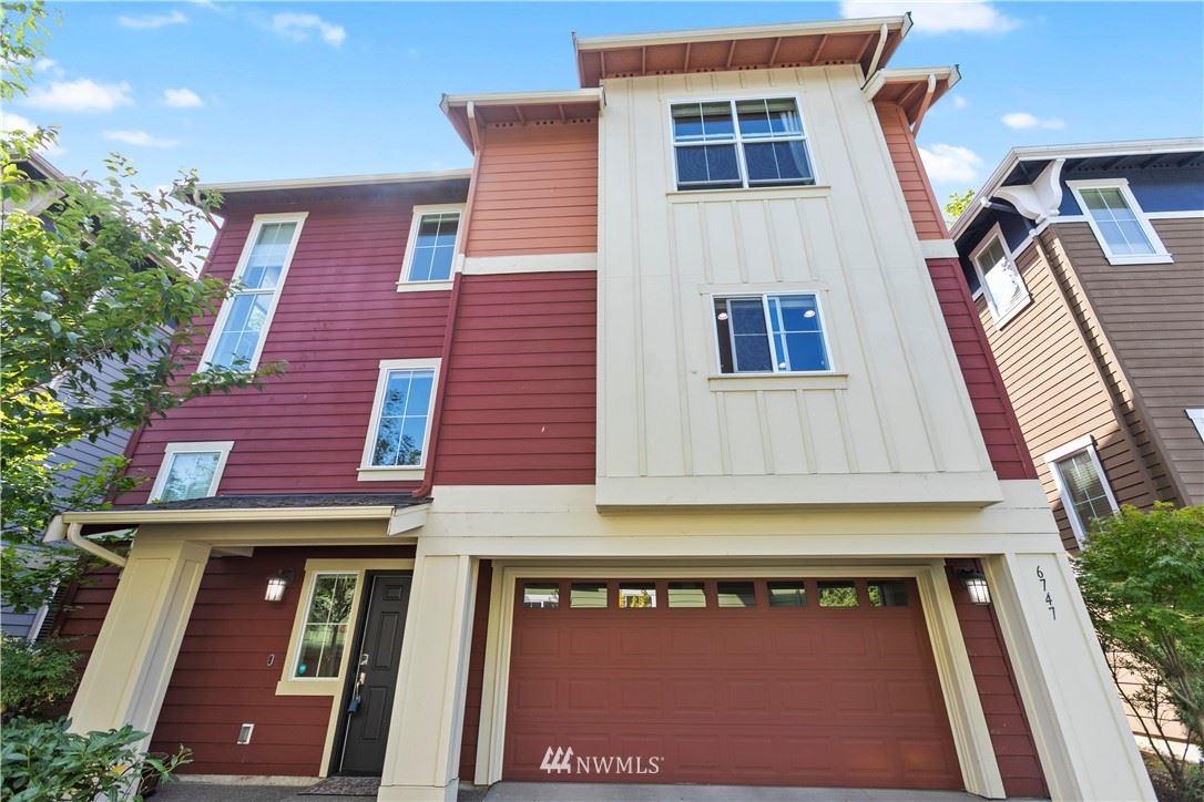 Photo of 6747 37th Avenue S, Seattle, WA 98118 (MLS # 1646701)