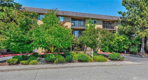 Photo of 750 N 143rd St #112, Seattle, WA 98133 (MLS # 1626703)