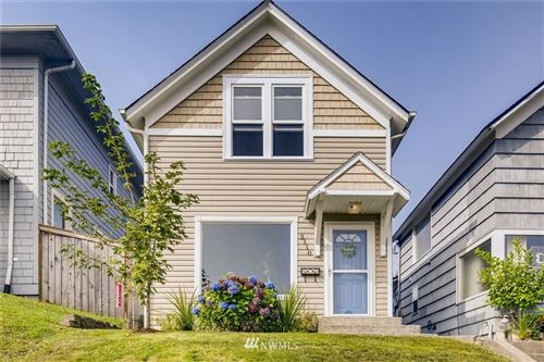 Photo of 2110 Wetmore Avenue, Everett, WA 98201 (MLS # 1664703)