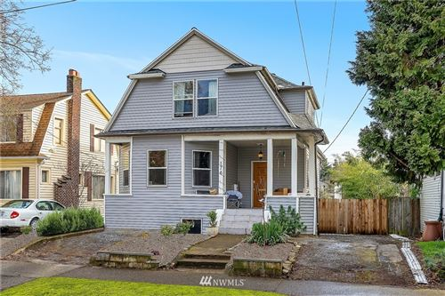 Photo of 176 25th Avenue, Seattle, WA 98122 (MLS # 1733703)