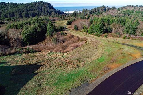 Photo of 3050 Ocean View Ct, Ilwaco, WA 98624 (MLS # 1559704)