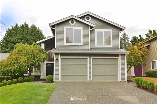 Photo of 24214 SE 38th Place, Sammamish, WA 98029 (MLS # 1667710)