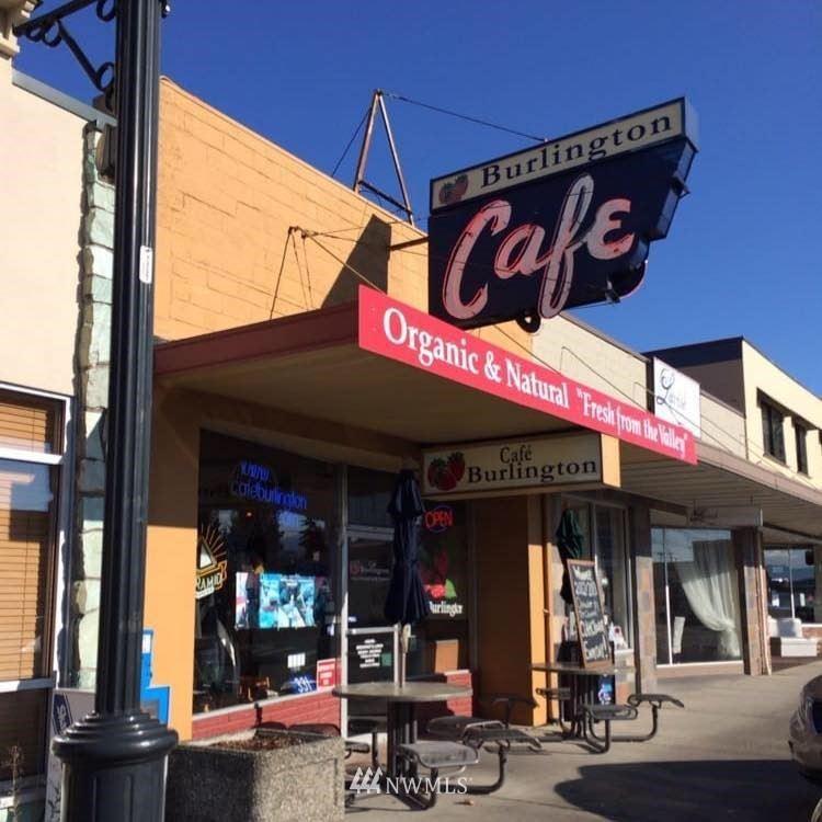 Photo of 311 Fairhaven Avenue, Burlington, WA 98233 (MLS # 1594710)