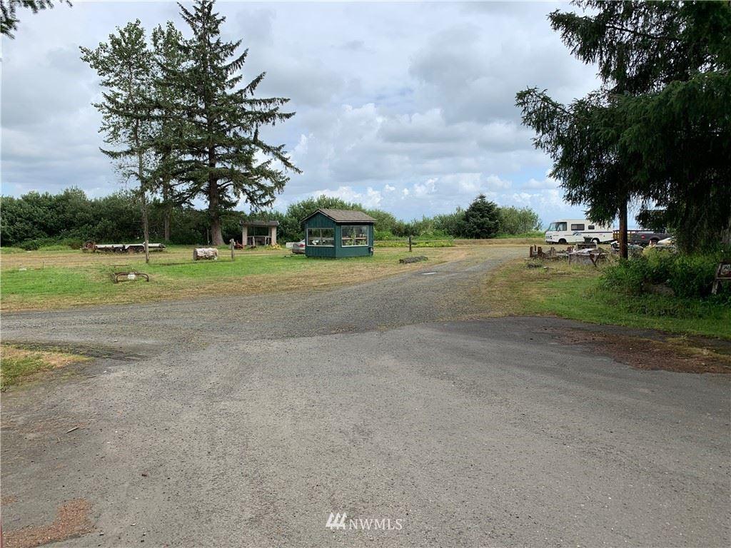 Photo of 1707 SR 101, Ilwaco, WA 98624 (MLS # 1643710)