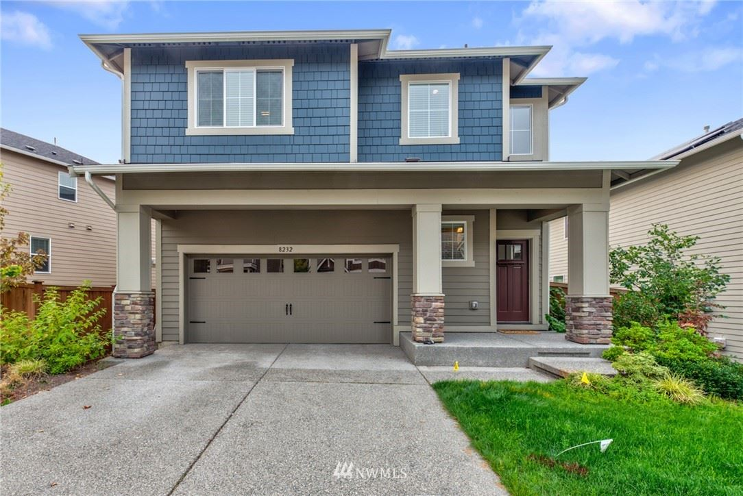 Photo of 8232 NE 196 Street, Kenmore, WA 98028 (MLS # 1664711)