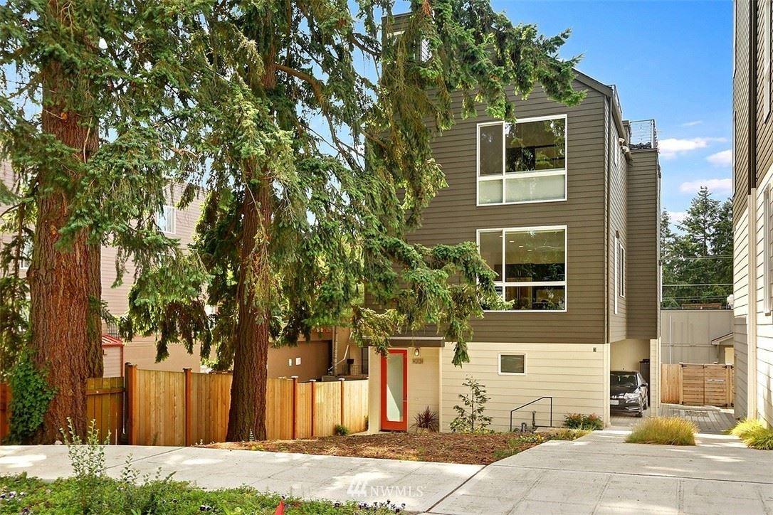 14313 Phinney Avenue N #A, Seattle, WA 98133 - #: 1812711