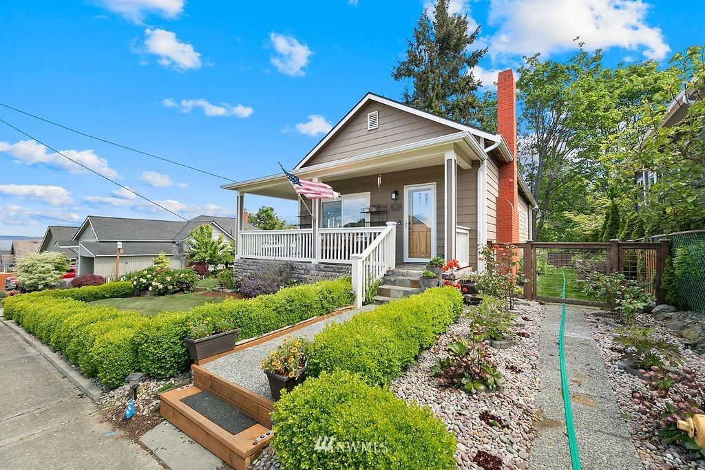Photo of 3117 Tulalip Avenue, Everett, WA 98201 (MLS # 1778712)
