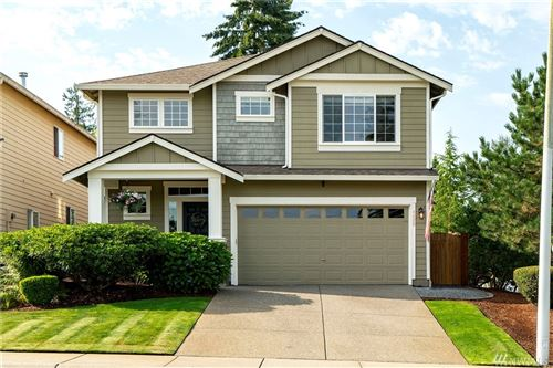 Photo of 1422 215th Place SW, Lynnwood, WA 98036 (MLS # 1639713)