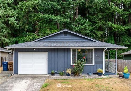 Photo of 5721 E Roosevelt Avenue, Tacoma, WA 98404 (MLS # 1851713)