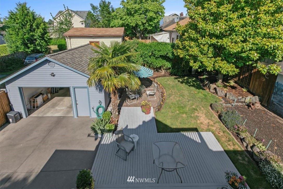 Photo of 7713 Linden Avenue N, Seattle, WA 98103 (MLS # 1789713)
