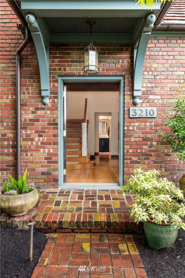 Photo of 3210 S Lander Street, Seattle, WA 98144 (MLS # 1777714)