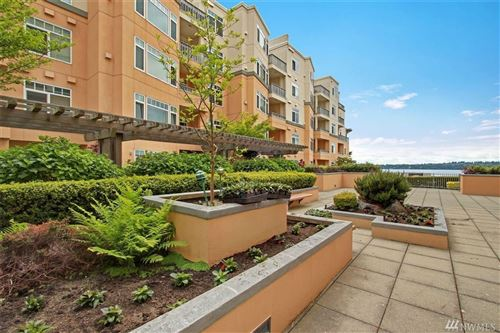 Photo of 109 2nd St S #211, Kirkland, WA 98033 (MLS # 1603715)