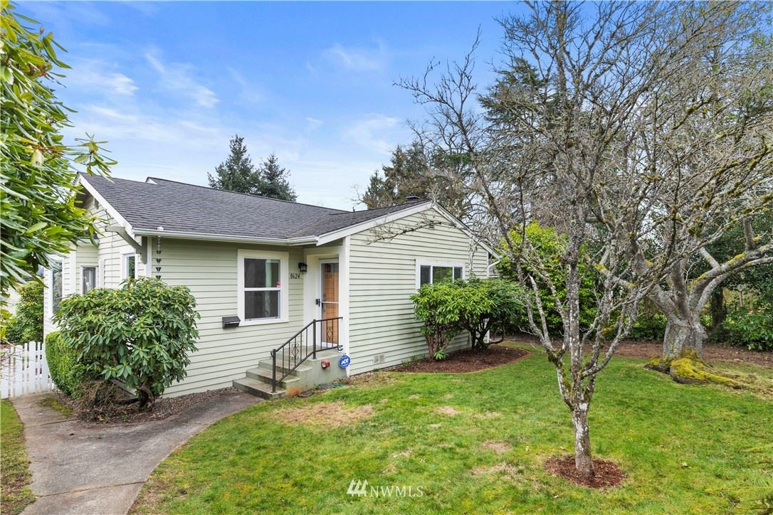 Photo of 8624 32nd Avenue SW, Seattle, WA 98126 (MLS # 1735715)