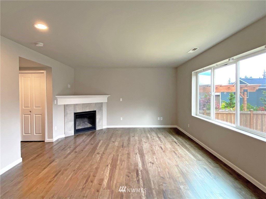 Photo of 20309 5th Place W, Lynnwood, WA 98036 (MLS # 1783715)
