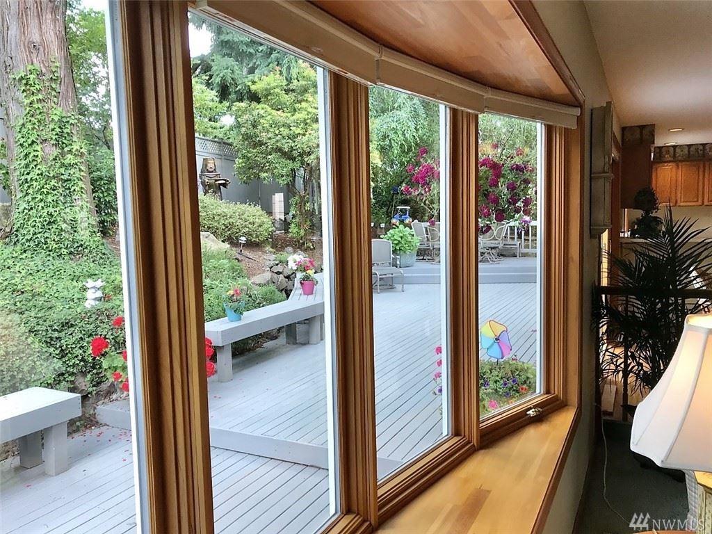 Photo of 16101 Inglewood Terrace NE, Kenmore, WA 98028 (MLS # 1596716)