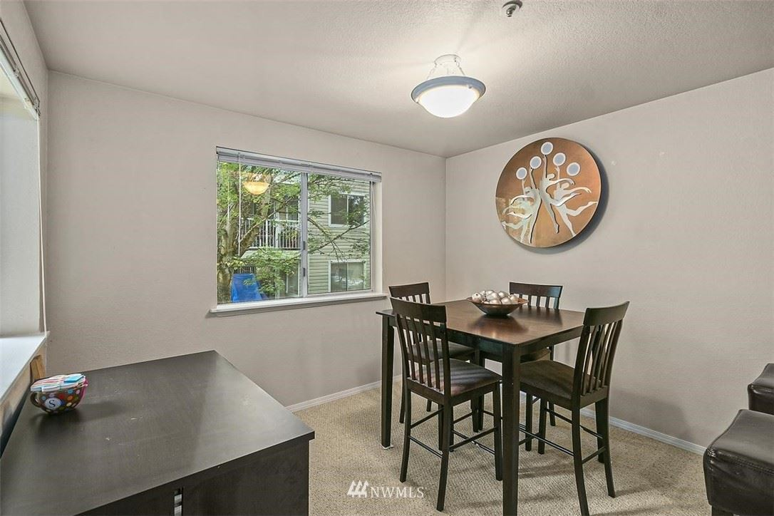 Photo of 19230 Forest Park Drive NE #H227, Lake Forest Park, WA 98155 (MLS # 1782717)