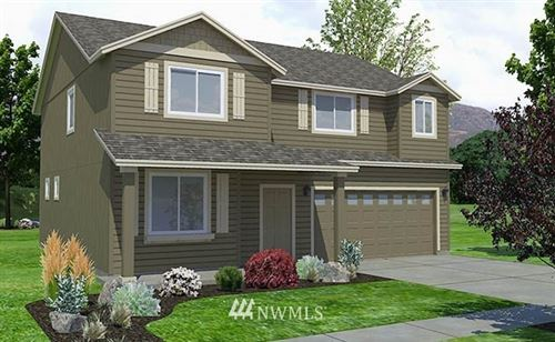 Photo of 714 N Doumit Drive, Moses Lake, WA 98837 (MLS # 1759722)