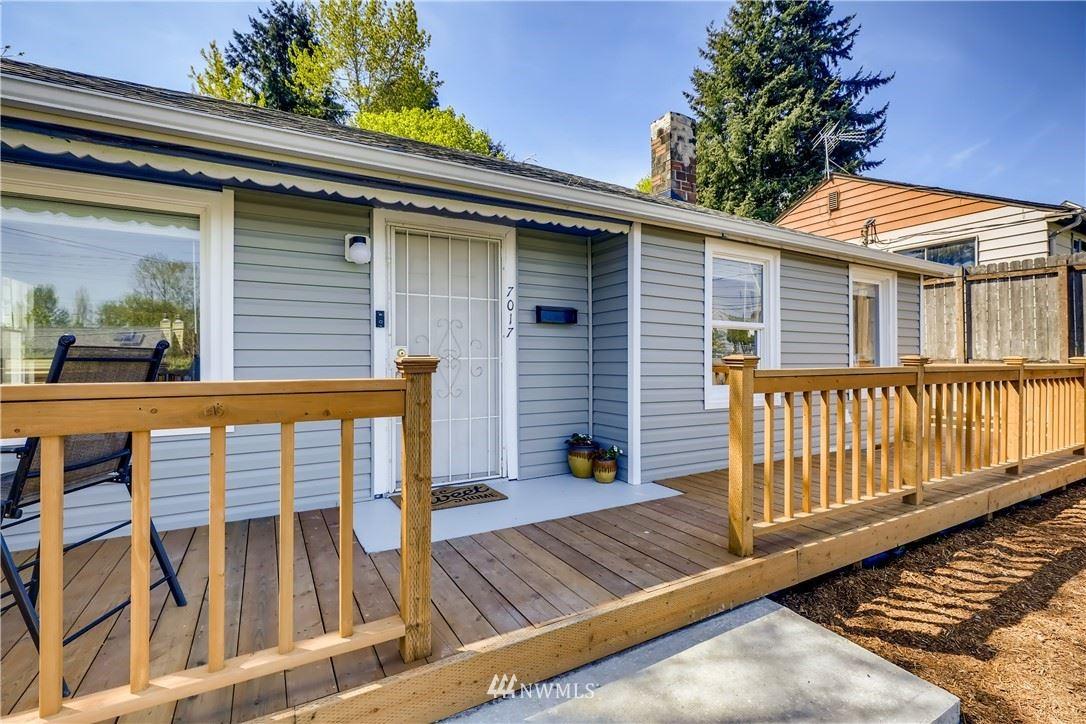 Photo of 7017 S 120th Place, Seattle, WA 98178 (MLS # 1765722)