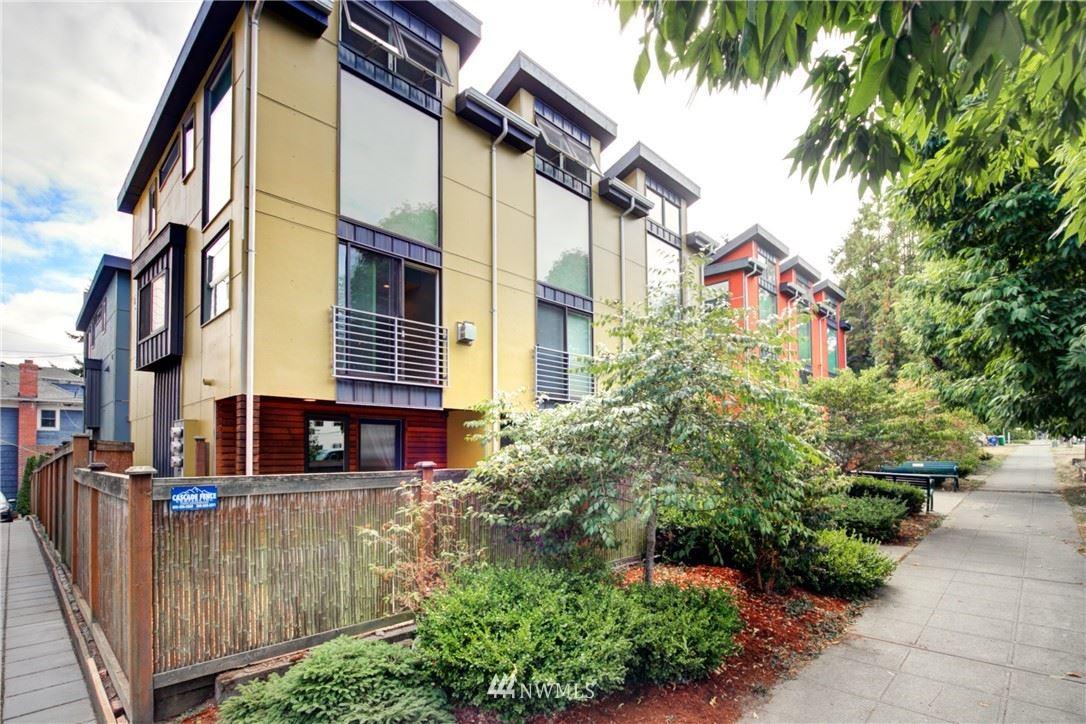 1716 California Avenue SW #A, Seattle, WA 98116 - #: 1820723