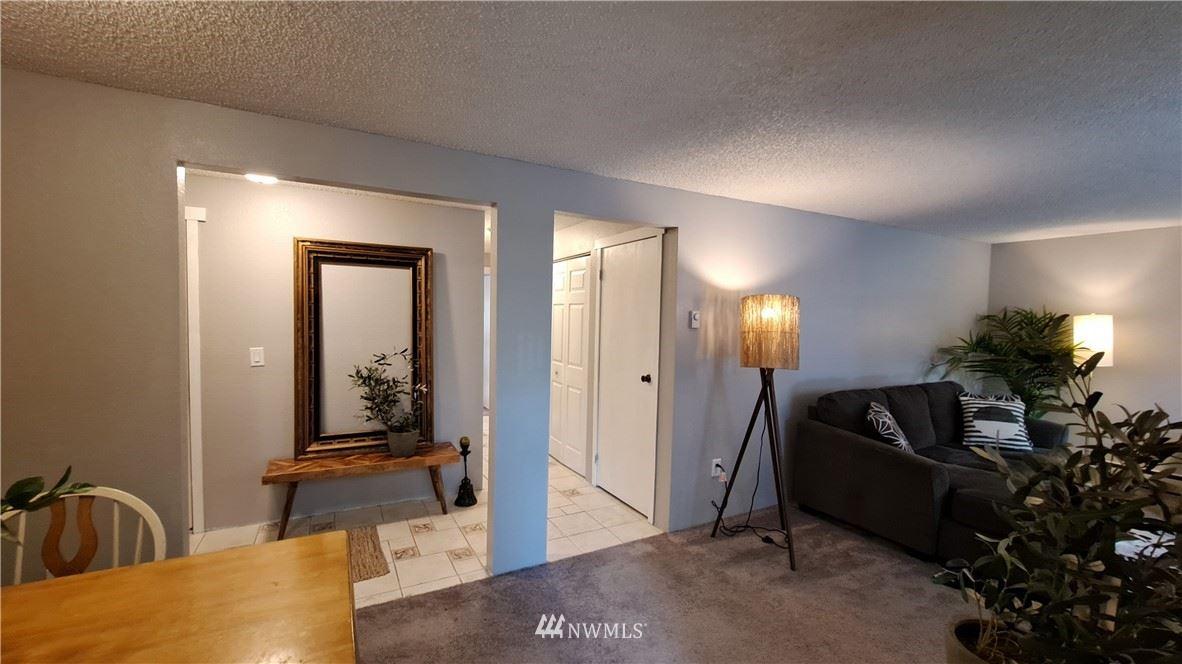 Photo of 820 Cady Rd #H203, Everett, WA 98203 (MLS # 1787725)