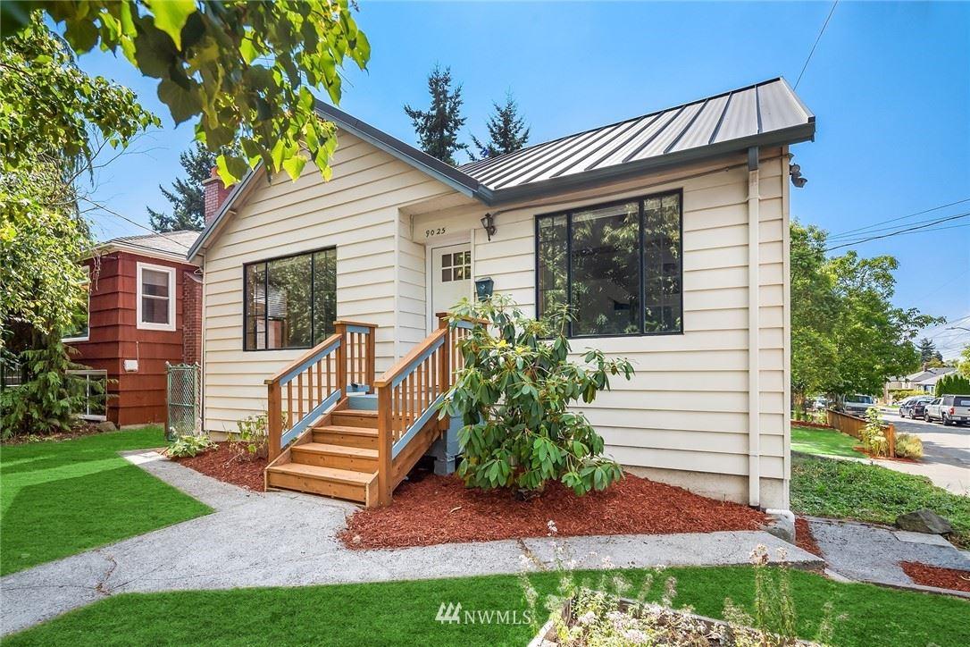 9025 5th Avenue NE, Seattle, WA 98115 - #: 1811729