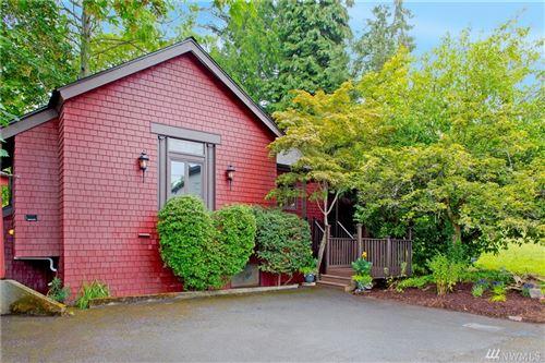 Photo of 5525 Winston Ave S, Seattle, WA 98108 (MLS # 1628731)