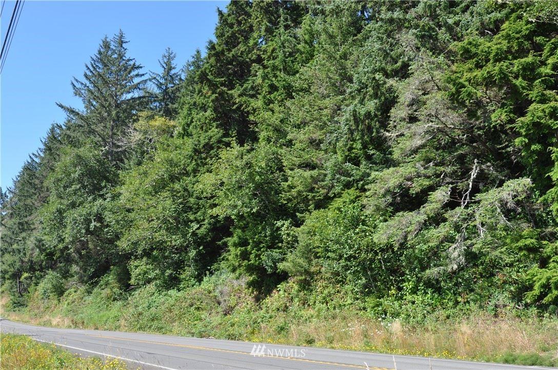 Photo of 1756 SR 101, Ilwaco, WA 98624 (MLS # 1643731)