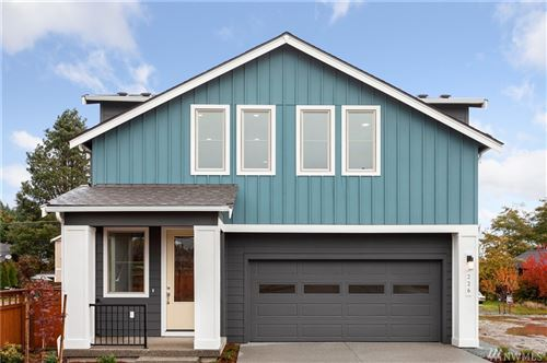 Photo of 241 SW 97th Place, Seattle, WA 98106 (MLS # 1566732)