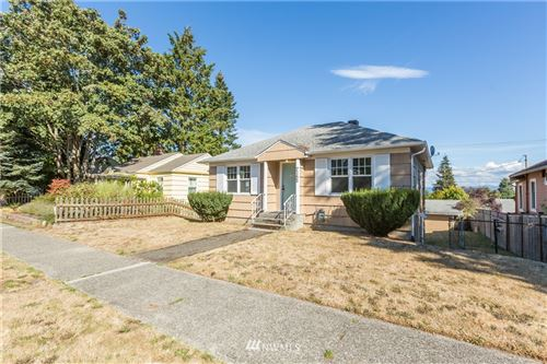 Photo of 7152 34th Avenue SW, Seattle, WA 98126 (MLS # 1668733)