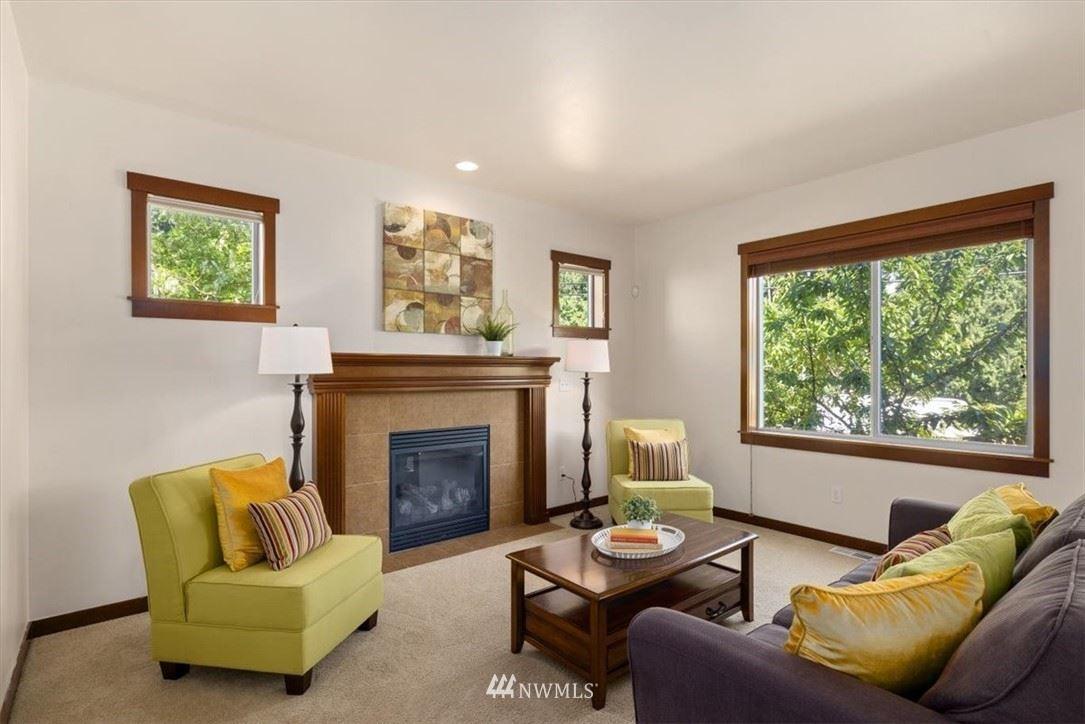 Photo of 13827 15th Place W, Lynnwood, WA 98087 (MLS # 1786733)