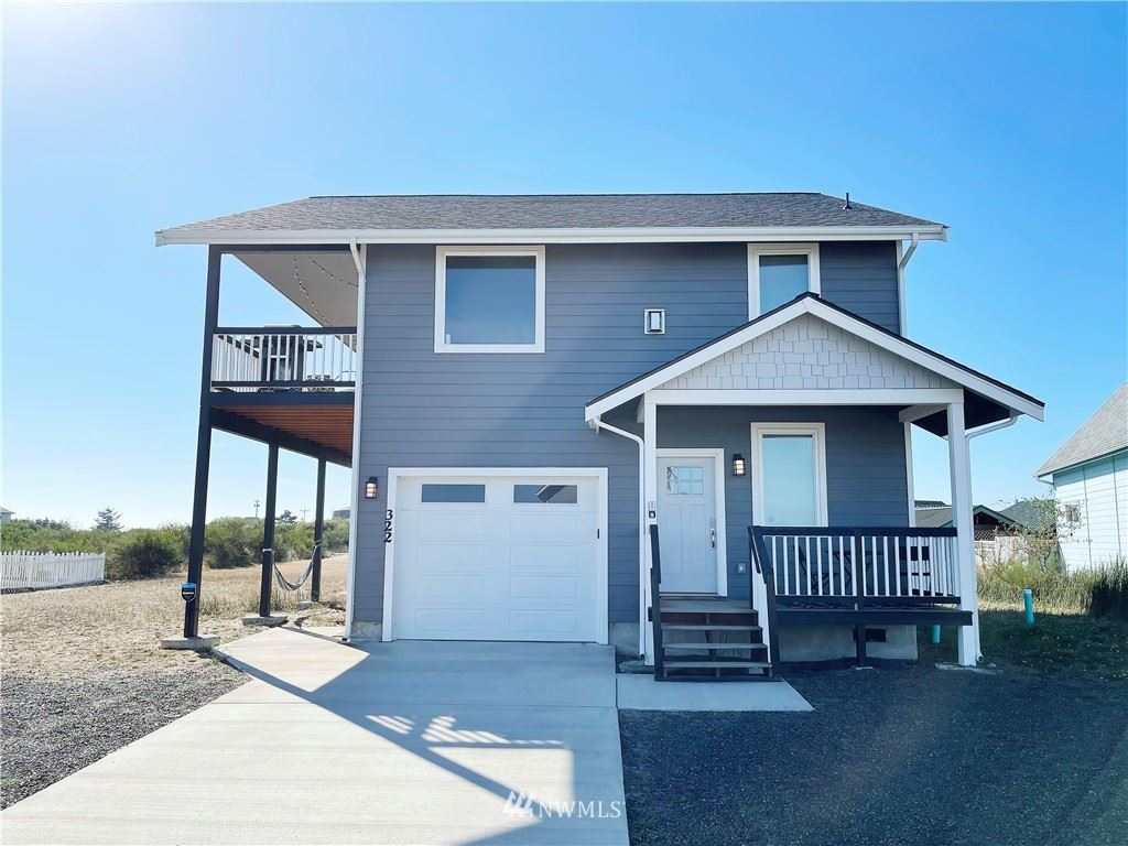 Photo of 322 Marina Court, Ocean Shores, WA 98569 (MLS # 1839733)