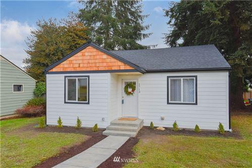 Photo of 1713 Pine Street, Everett, WA 98201 (MLS # 1697734)