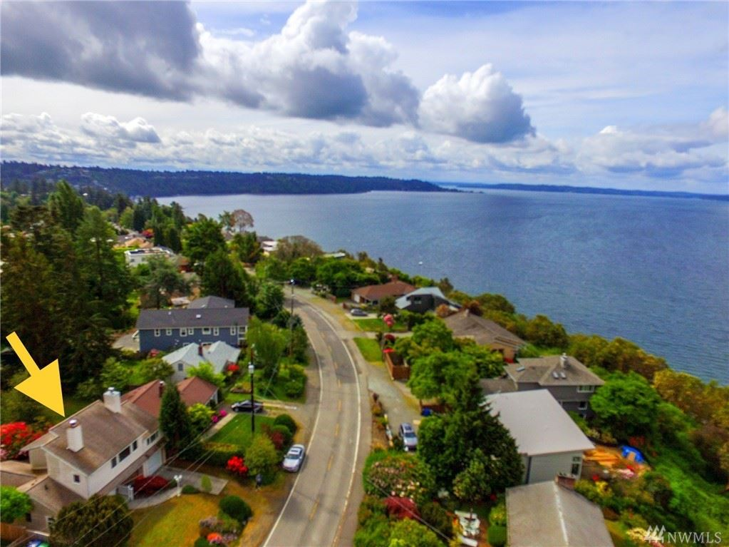 Photo of 11220 Marine View Drive SW, Seattle, WA 98146 (MLS # 1599734)