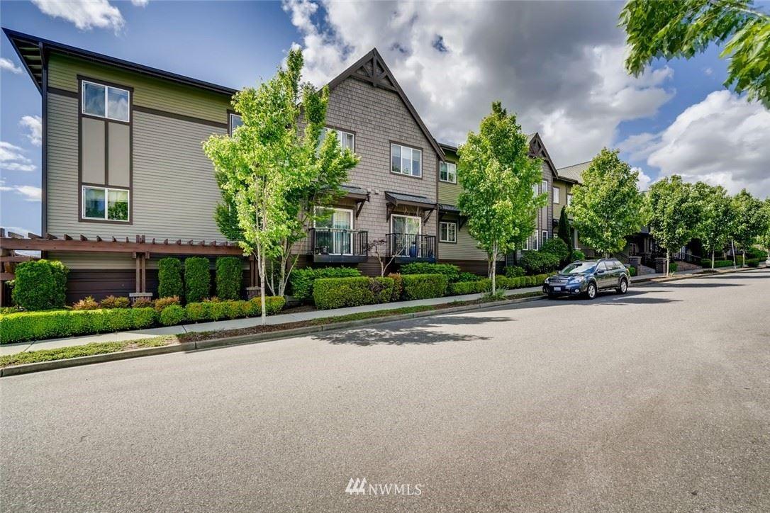 Photo of 1731 10th Avenue NE #101, Issaquah, WA 98029 (MLS # 1778734)