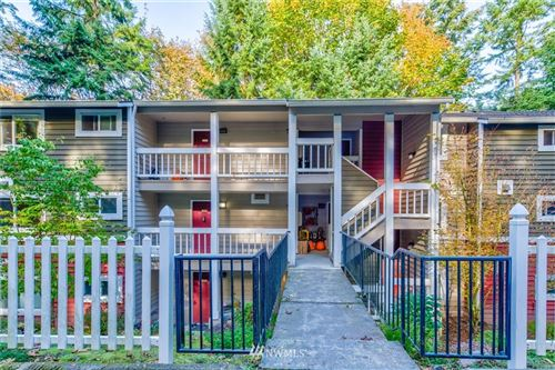 Photo of 15248 SE 43rd Street #D201, Bellevue, WA 98006 (MLS # 1683736)