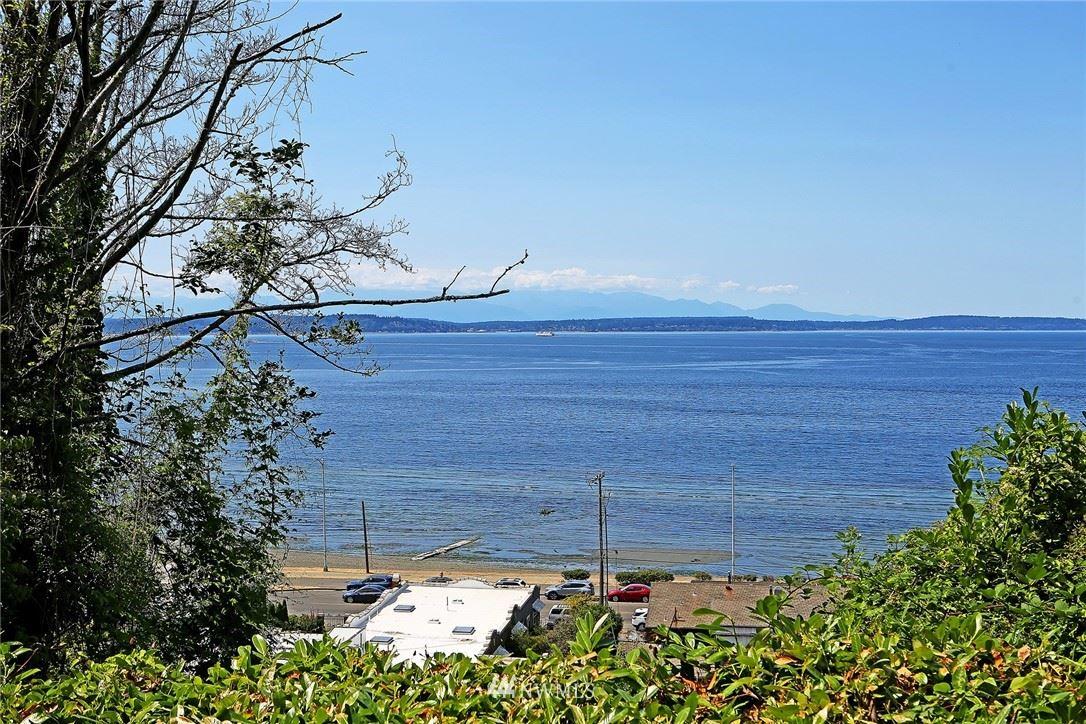 Photo of 2325 Hobart Avenue SW, Seattle, WA 98116 (MLS # 1807737)