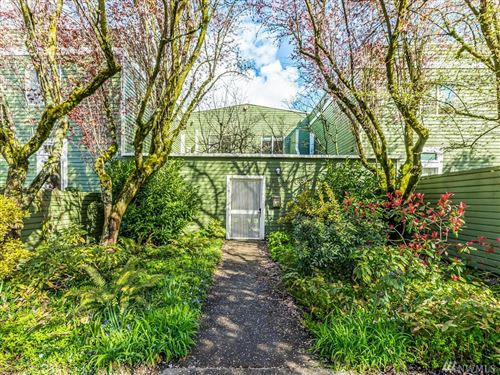 Photo of 1812 25th Ave #B, Seattle, WA 98122 (MLS # 1574738)