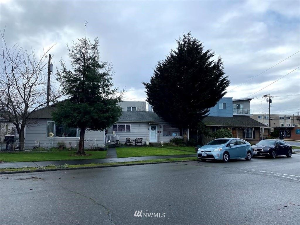 Photo of 310 Daley Street, Edmonds, WA 98020 (MLS # 1739738)