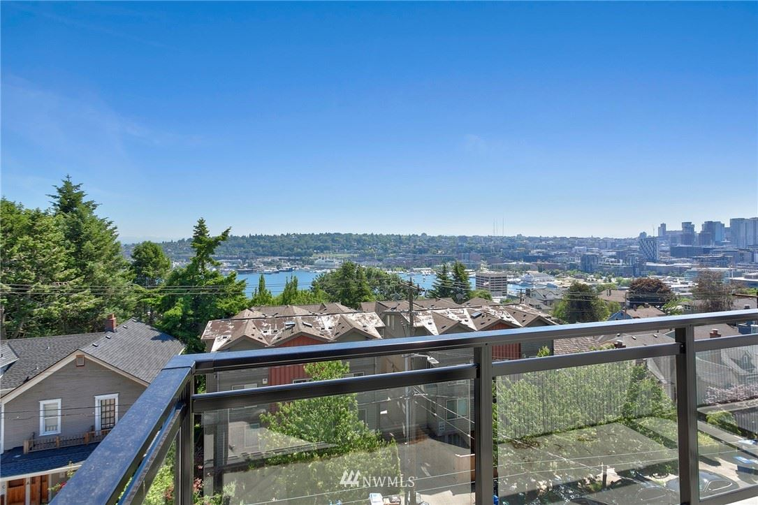 Photo of 1525 Taylor Avenue N #604, Seattle, WA 98109 (MLS # 1784740)