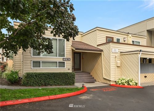 Photo of 5844 NE 75th Street #C105, Seattle, WA 98115 (MLS # 1663741)