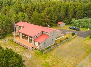 Photo of 1103 116th, Long Beach, WA 98631 (MLS # 1426745)