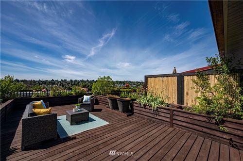 Photo of 2920 Eastlake Avenue E #405, Seattle, WA 98102 (MLS # 1795746)
