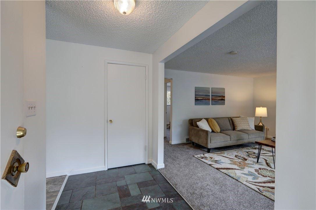 Photo of 13345 28th Avenue NE, Seattle, WA 98125 (MLS # 1783747)