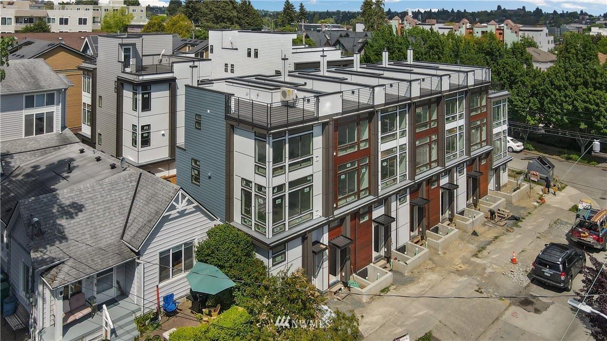 Photo of 726 N 43rd Street, Seattle, WA 98103 (MLS # 1785747)