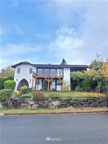 Photo of 4416 139th Avenue SE, Bellevue, WA 98006 (MLS # 1858748)