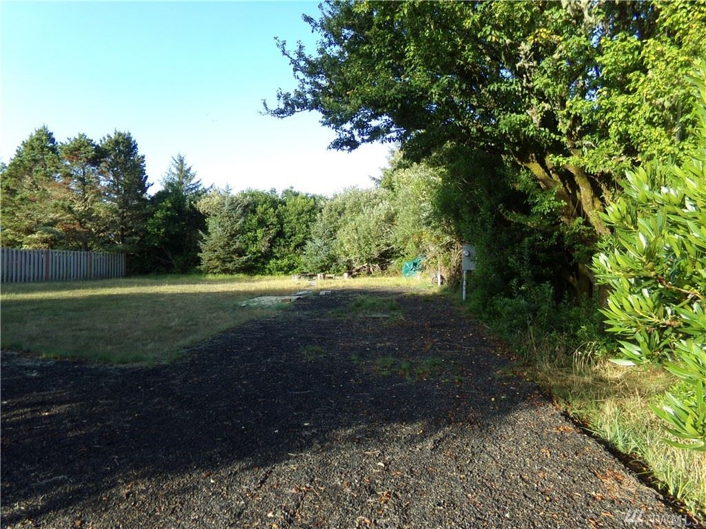 Photo of 553 Point Brown Ave SW, Ocean Shores, WA 98569 (MLS # 1565748)