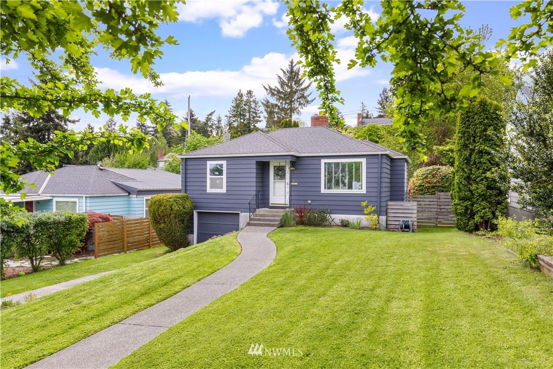 Photo of 4423 SW 49th Avenue, Seattle, WA 98116 (MLS # 1769748)
